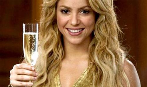Шакира занялась рекламой вин с благотворительной целью