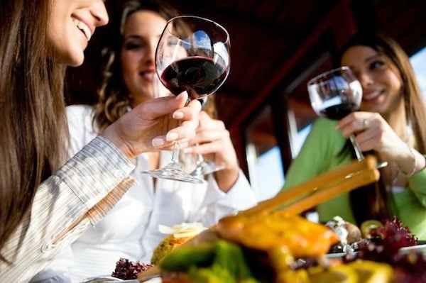 В какой стране больше всего пьют вино