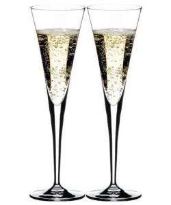 Бокалы для шампанского конусовидной формы
