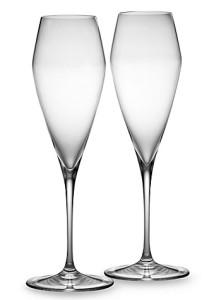 Бокалы для шампанского геометричной формы