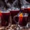 Как пить глинтвейн – правила употребления напитка из горячего вина